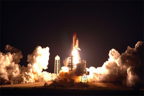 2008-03-11スペースシャトル打ち上げ.jpg
